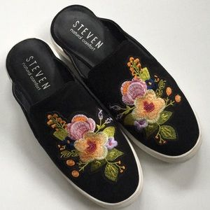 EUC Steve Madden shoes